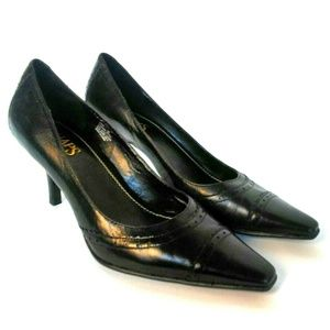 Chaps Black Leather Oxford Pointed Toe Pumps 8